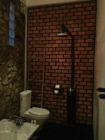 Petit Villa Boutique & Spa : shower