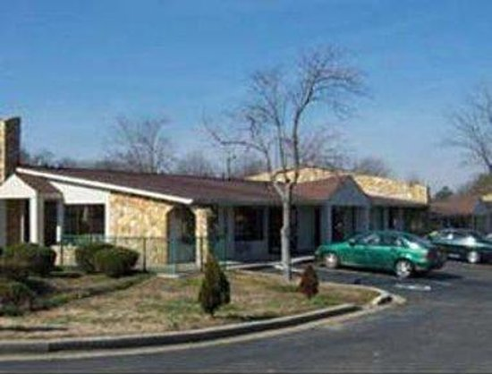 Super 8 Motel: Welcome To Knights Inn Monroe