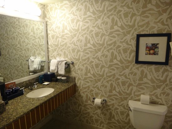 Argonaut Hotel, A Noble House Hotel: The bathroom wallpaper was my favorite