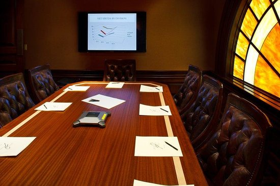 Rusty Parrot Lodge and Spa: Meeting Room