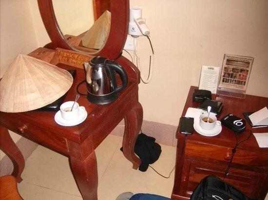 Shining Angkor Boutique Hotel: Bueno... un poco de desorden apenas llegamos jaja
