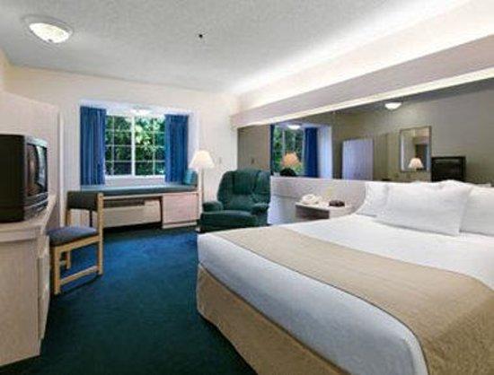 مكروتل إن آند سويتس باي ويندام بالم كوست: Guest Room With 1 Bed