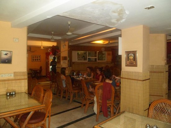 Ajay Guest House: brown bread bakery