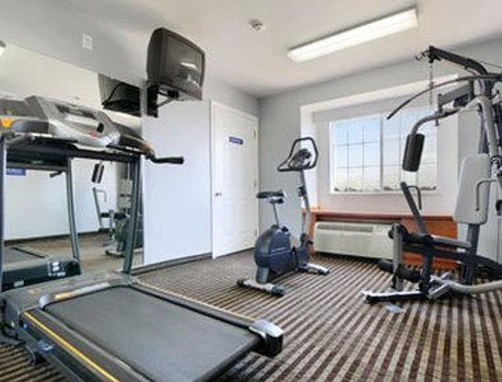 Microtel Inn & Suites by Wyndham Garland/Dallas: Fitness Center