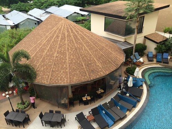 Palmyra Patong Resort : view of pool