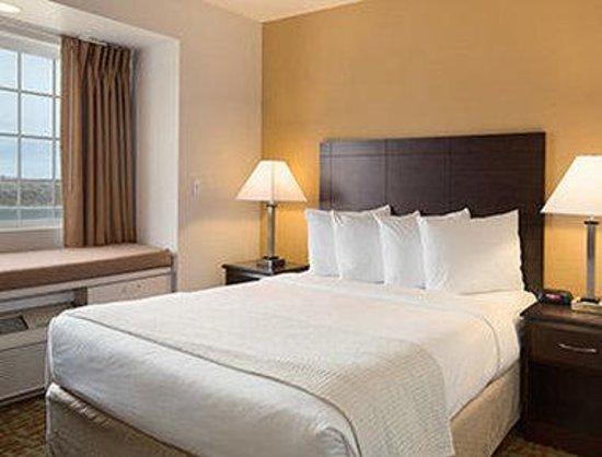 Days Inn & Suites Spokane Airport Airway Heights : Standard Queen Room