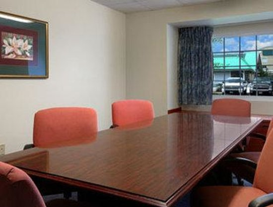 Microtel Inn & Suites by Wyndham Bossier City: Meeting Room