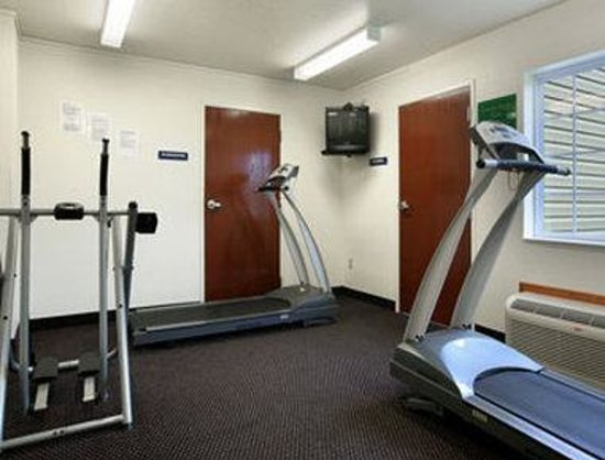 Microtel Inn & Suites by Wyndham Rice Lake: Fitness Center