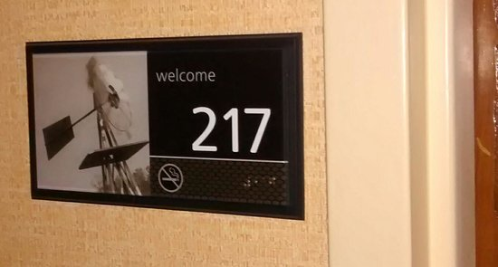 Hampton Inn Shreveport / Bossier City: A Thughtful Gesture in case you forgot your room number, I am 2nd Floor Windmill.