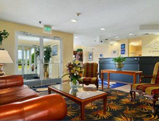 Microtel Inn by Wyndham Cottondale/Tuscaloosa: Lobby
