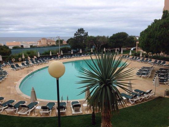 Vila Gale Atlantico : Foto da piscina.