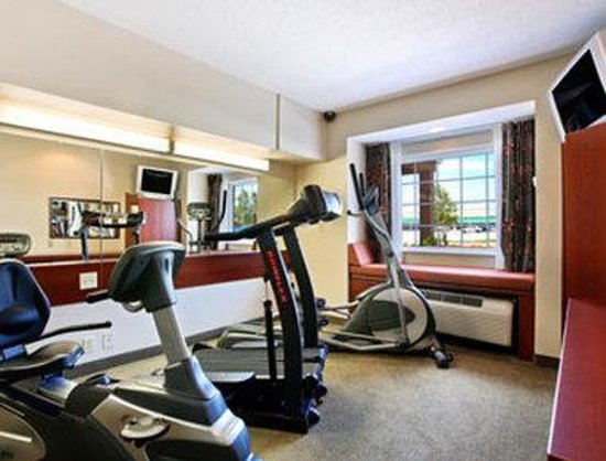 Microtel Inn & Suites by Wyndham Hattiesburg: Fitness Center