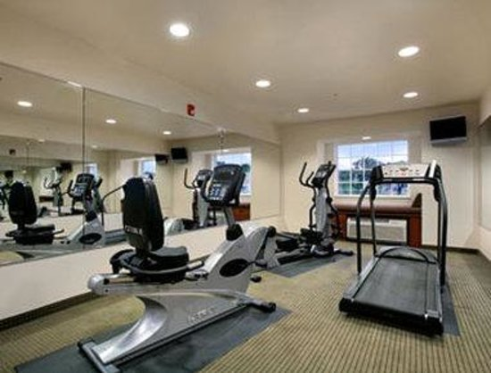 Microtel Inn & Suites by Wyndham Bellevue: Fitness Center