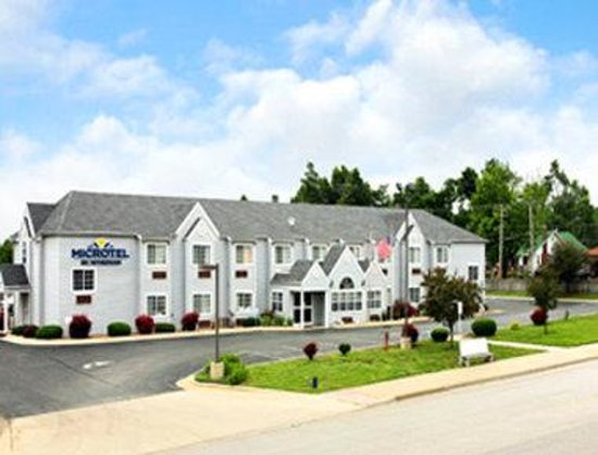 Microtel Inn by Wyndham Springfield: Welcome To Microtel Inn And Suites Springfield