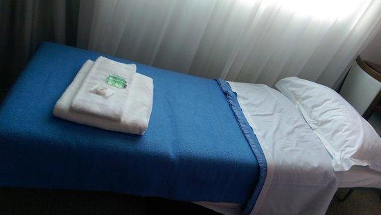 Hotel Sophia Country Club : chambre triple