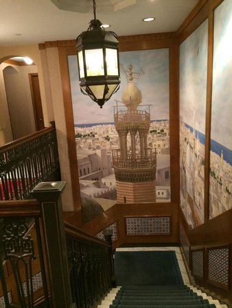 Casablanca Hotel Times Square: the lovely decorated staircase