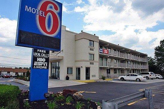 Motel 6 Philadelphia - Mt Laurel : Exterior