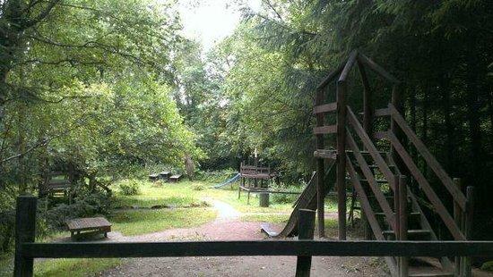 Coolwood Wildlife Park: Kiddies playground