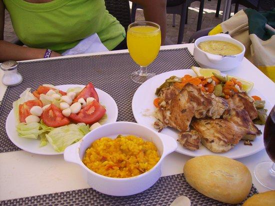 Hotel Roc Golf Trinidad: pequeña muestra del buffet