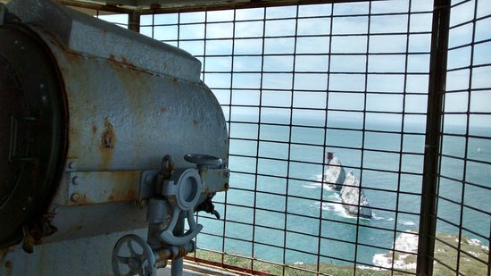 The Needles Battery: Old Battery Searchlight emplacement
