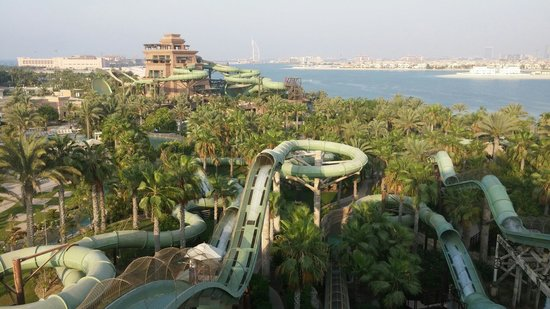 Aquaventure Waterpark: Waterpark from above