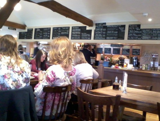 Royal Wootton Bassett, UK: Inside Salley Pussey Pub