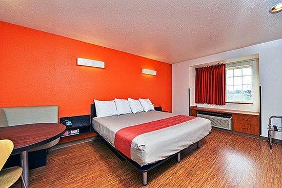 Motel 6 Meridian: Single Room