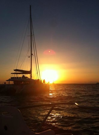 Triantafillou Sailing Day Tours : Breathtaking sunset from Oia