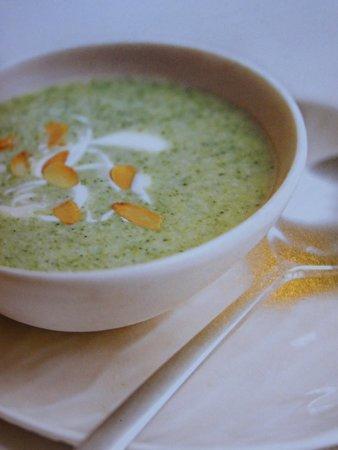 El Chalet Frances : Nuestra nueva crema de brocoli con almendras