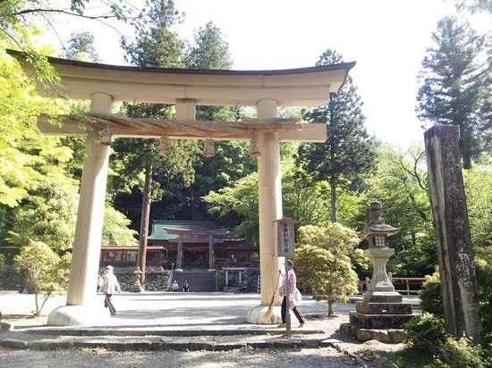 Niukawakami Shrine Shimosha