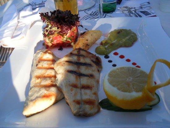 Imbat Restaurant: Seabass