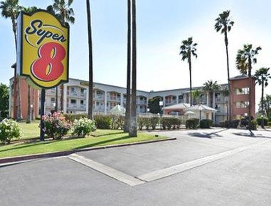 Photo of Super 8 Motel Bakersfield
