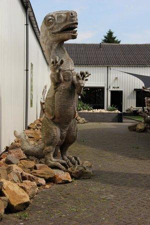 Reptile House De Aarde: Entree van het reptielenhuis.