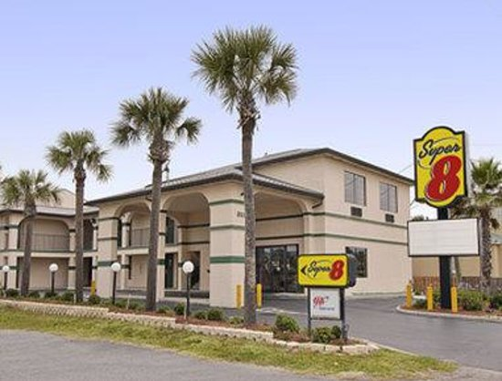Super 8 St. Augustine Beach: Welcome to the Super 8 St Augustine Beach