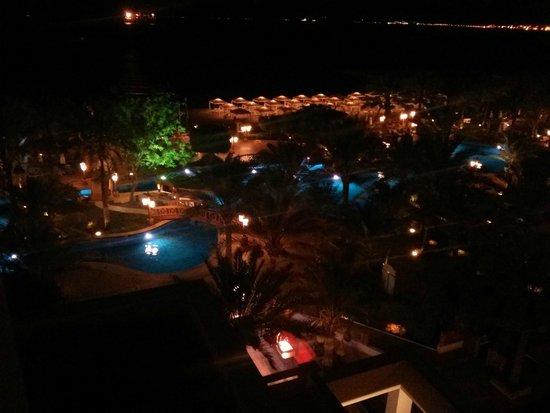 InterContinental Aqaba Resort: room view - night