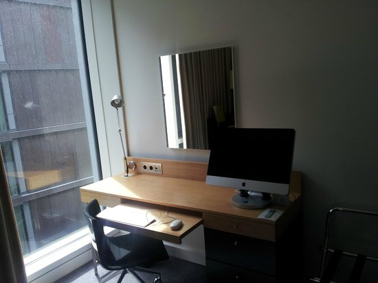 DoubleTree by Hilton Hotel Amsterdam Centraal Station: mac
