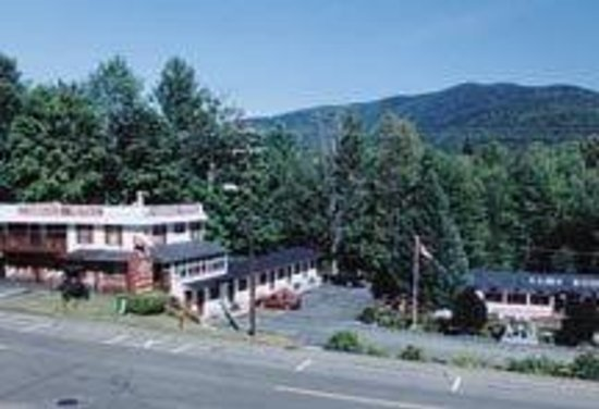 Inn 32 : Carriage Motel Main Street, North Woodstock 03262 603-745-2416 ~ www.carriagemotel.com 19 rooms