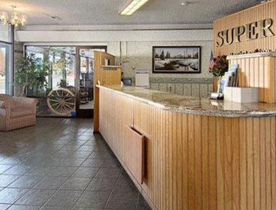 Knights Inn South Lake Tahoe : Lobby