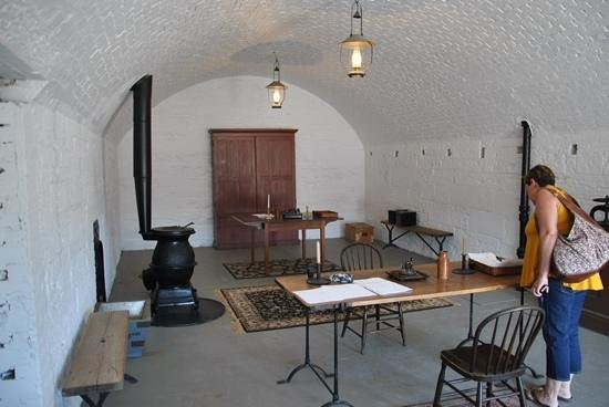 Site historique de la Citadelle : One of the many nicely restored rooms.