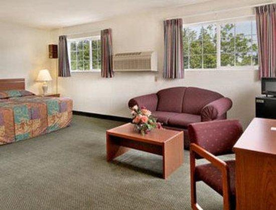 Super 8 Gresham/Portland Area OR : Suite