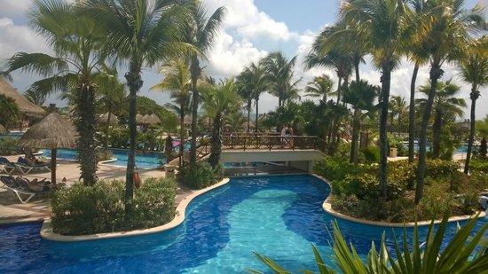 Luxury Bahia Principe Akumal : Vu depuis la salle de spectacle