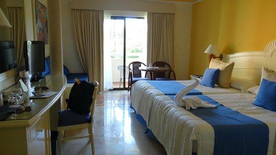 Luxury Bahia Principe Akumal : Notre chambre