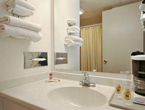 Hazel Crest, إلينوي: Bathroom