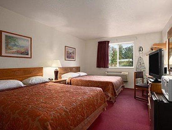 Super 8 Johnstown : Standard Double Room