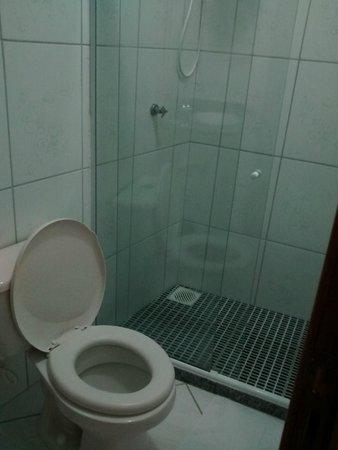 Pousada Weekend : Banheiro