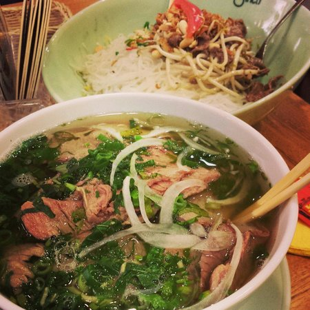 Chinco Vietnam Restaurant: Pho bo and rice noodles with beef