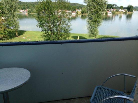 Hotel Du Golf De L'Ailette : Vue depuis la chambre