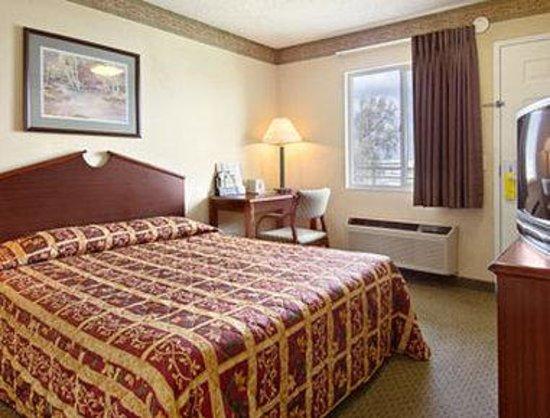 Photo of Super 8 Motel Indianapolis / NE / Castleton Area