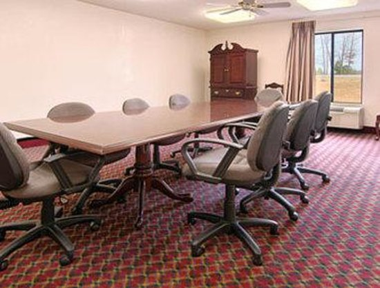 Super 8 Booneville: Meeting Room