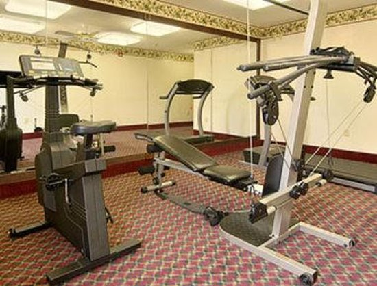 Super 8 Booneville: Fitness Center